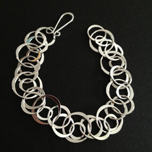 Circles silver chained bracelet