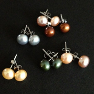 Silver and fresh water pearl earrings