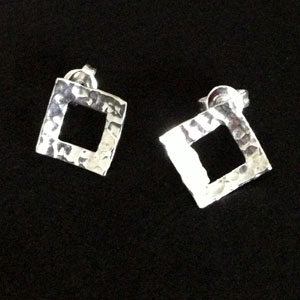 Squared silver earrings