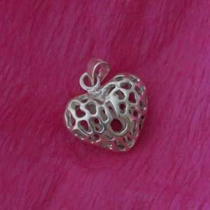 Heart mesh silver pendant