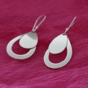 Dangle silver drop earrings