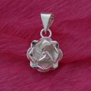 Silver rose pendant