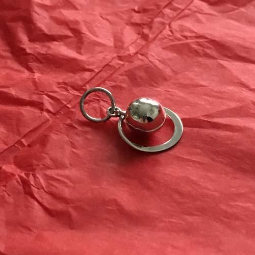 Disc silver pendant