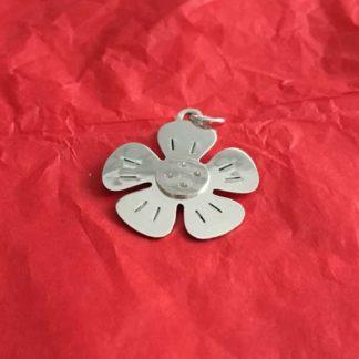 Flower silver pendant