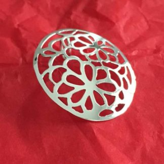 Cut out flower silver pendant