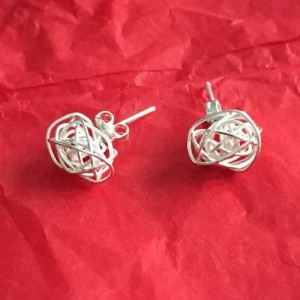 Wire silver studs