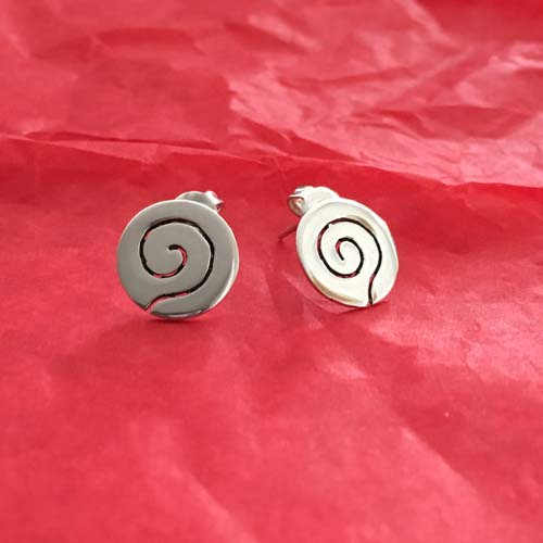 Cut out silver studs