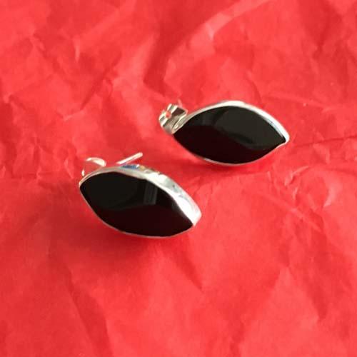 Black stone silver studs