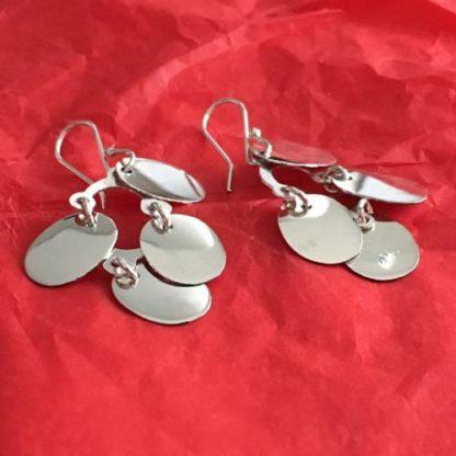 Oval dangle silver earrings