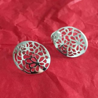 Oval flower silver earrings