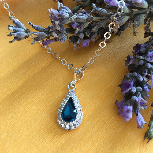Blue crystal silver necklace