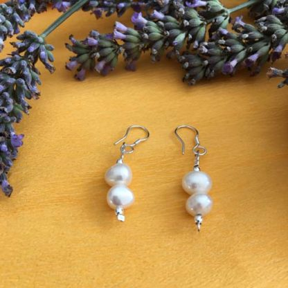 Pearl earrings with silver