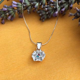Silver flower sparkly necklace