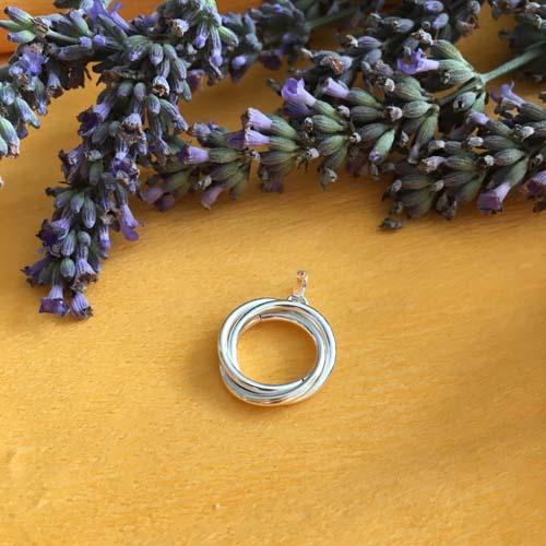 Silver rings pendant