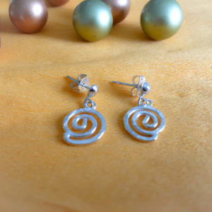 Silver spiral dangling earrings